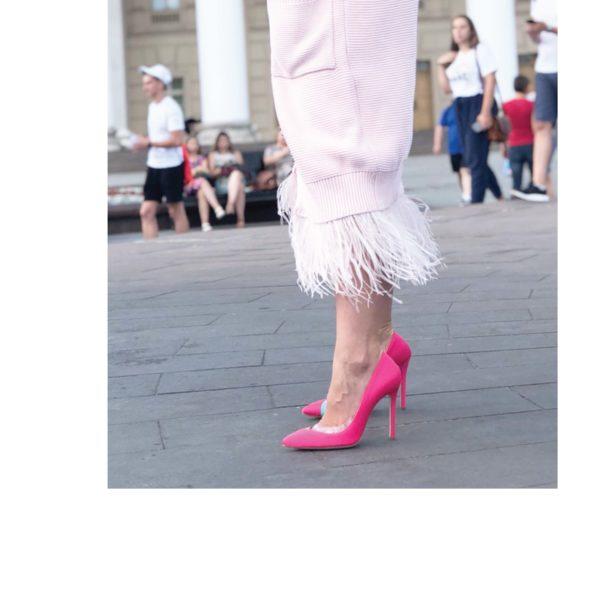 veronika pink33